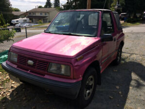 *Pending pick up* Pink 1994 Geo Tracker