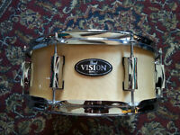 NEW-PEARL VISION SNARE DRUM-NEUVE