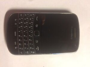 Black berry bold obo need gone asap