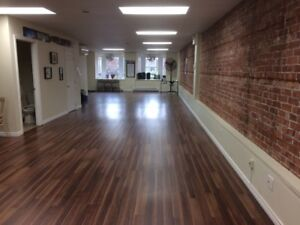 1000 Square Feet Commercial Space For Rent