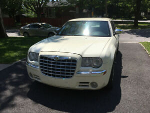 Automobile Chrysler 300C