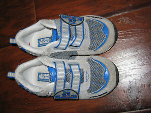 Stride rite R2D2 starters  sneakers size 8 (worn a few time) St. John's Newfoundland image 1