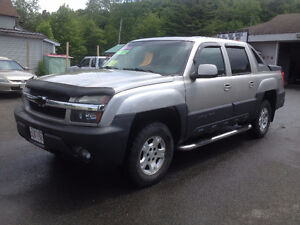2004 CHEV AVALANCE, 4X4, CALL 832-9000 OR 639-5000