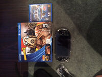 ps vita touch screen 8gig 2 jeux