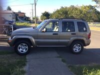 2004 Jeep Liberty limited,Very clean