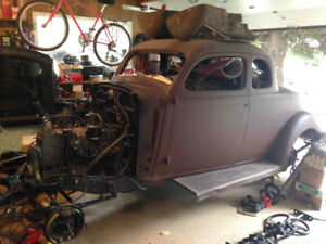 1935 Dodge / Plymouth / Chrysler parts for sale.