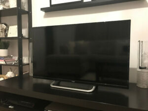 "PERFECT CONDITION! 42"" HAIER, 1080P, LED TV - 3 Years Old"