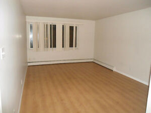 2 bedroom apartment - Close to Grant MacEwan & Downtown