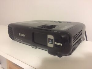 Epson EX7230 Projector with Screen