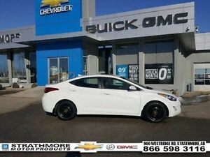 2013 Hyundai Elantra Limited-Summer/Winter-Nav-Moonroof-Leather