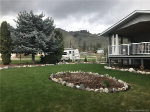 MOVE IN READY-SPECTACULAR YARD