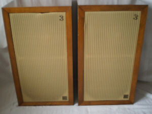 Looking to Buy Acoustic Research AR3 Stereo Speakers