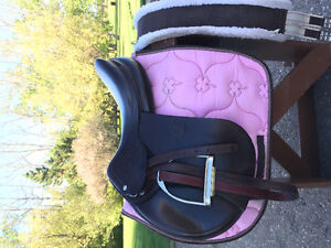 2 jumping saddles, 1 dressage. Well made.