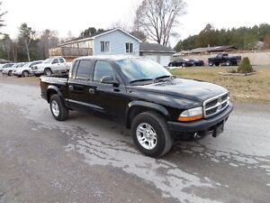 2004 DODGE DAKOTA QUADCAB V6 AUTO 2WD - $4595. CERT.