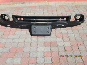 GMC Sierra lower bumper cover and licence plate bracket