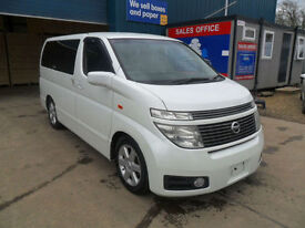 NISSAN ELGRAND E51 3.5 V6 AUTOMATIC HIGHWAY STAR PEARL WHITE 8 SEATS