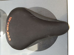 Padded gel bicycle seat cover