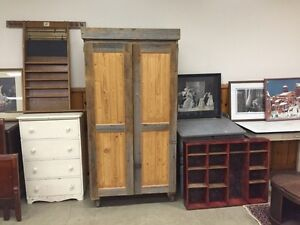 Massive indoor auction 1 mans collection