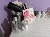 Free mini makeover and skin care parties