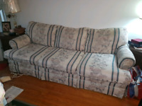 VINTAGE Couch Dresser Wall Unit Coffee Table Chair in BRAMPTON