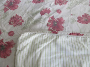 King Size Duvet cover and shams Reversible and Bedskirt