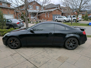 2004 INFINITI G35 COUPE M6 Brembo Package Low KM
