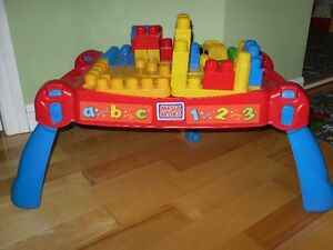 Table Méga blocks