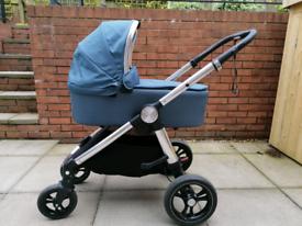 Mamas and Papas Ocarro pram/carrycot/pushchair