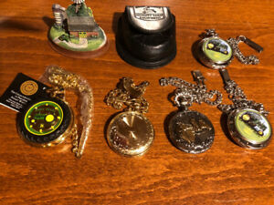 5 Pocket Watches - John Deere, Horses