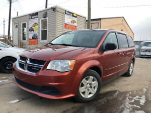 2012 DODGE GRAND CARAVAN SE HAS 179450 KMS STOW AND GO!