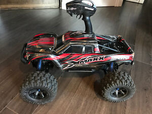 Traxxas Blue X-MAXX 6S!!  SAVE!! great shape!! extras