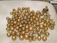 Gold Red Green Purple Black Blue Pink Christmas Baubles