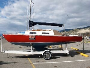 24ft Sailboat - Includes moorage at Penticton Okanagan Marina
