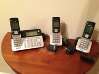 3pc vtech phone with answering machine.
