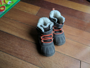 Size 4 baby boots winter shoes