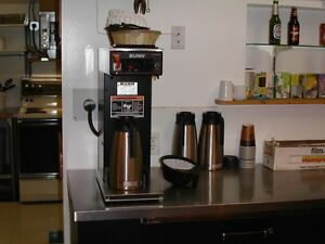 Bunn Restaurant Grade Carafe Style Coffee Brewer