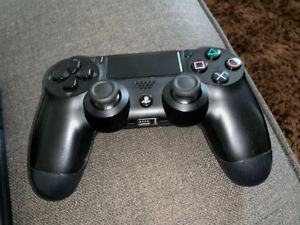 PS4 CONTROLLER - NEW