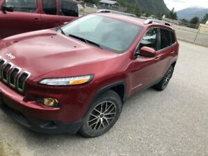 2015 Jeep Cherokee *North Edition* LOW KMS
