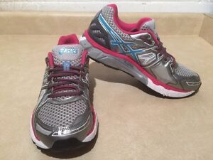 Women's Asics Gel-Fortify Running Shoes Size 9 London Ontario image 3