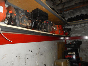 lot of snow blower engines lot de moteur a souffleuses