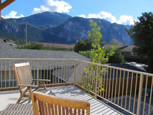 PRIVATE ROOM FOR RENT IN DOWNTOWN SQUAMISH-40 MIN FROM WHISTLER