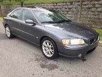 VOLVO S60 2.5T. 2005 ( !! CUIR, TOIT, MAGS, IMPEC. !! )