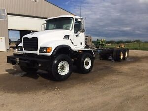 2005 MACK TANDEM TANDEM HEAVY SPEC CHASSIS