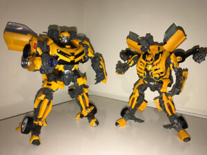 TRANSFORMERS - DOTM LEADER BUMBLEBEE + BATTLE OPS BUMBLEBEE