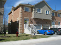 South Barrie! Live in Luxury!  END UNIT!! Executive Townhome !