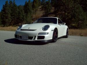 2006 Porsche 911 Coupe (2 door)