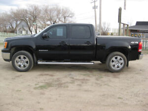 2011 GMC Sierra 1500 SLT 4x4,DVD,Heated Leather,Petals,Sunroof,