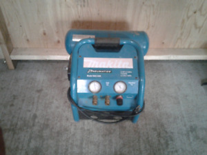 Makita air compressor good shape