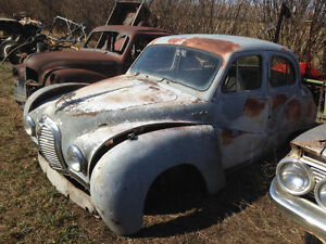 1952 Austin $200 with extra parts