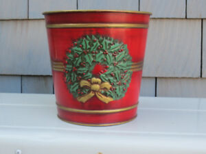 METAL CHRISTMAS PLANTER: 7inch diameter; excellent condition; $5